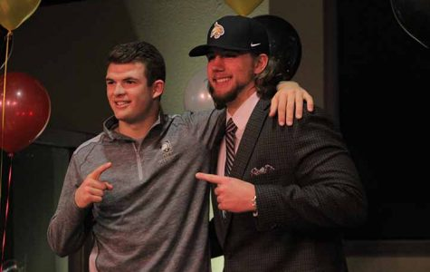 McKee, Foster sign to play football for Division 1 colleges