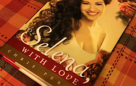 "Lifelong fan reviews ""To Selena With Love"""