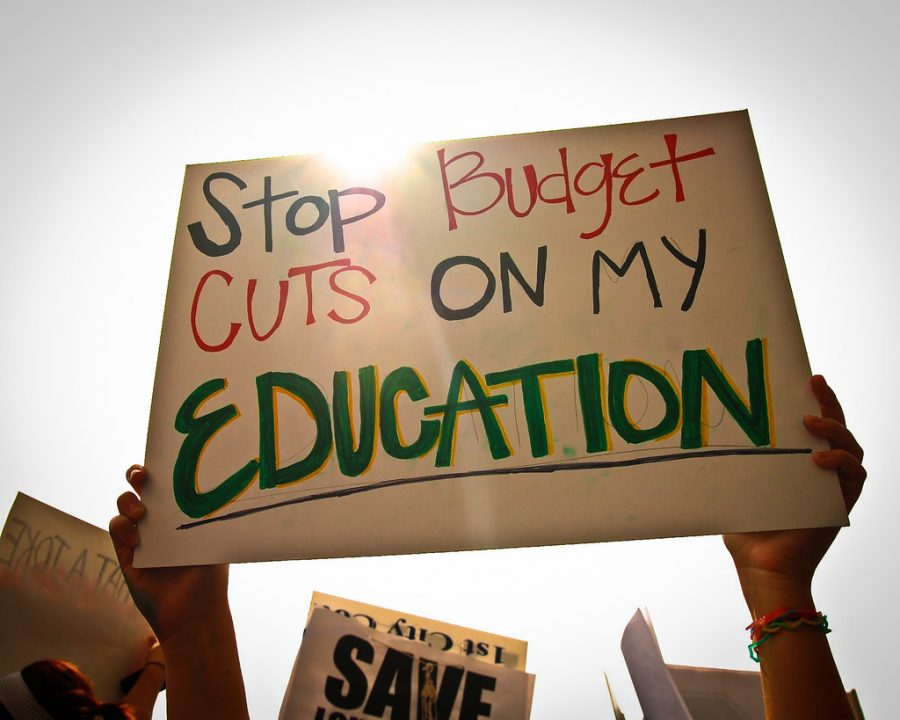 Uproar+over+education+budget+cuts+premature%2C+Congress+favors+increase+in+funding